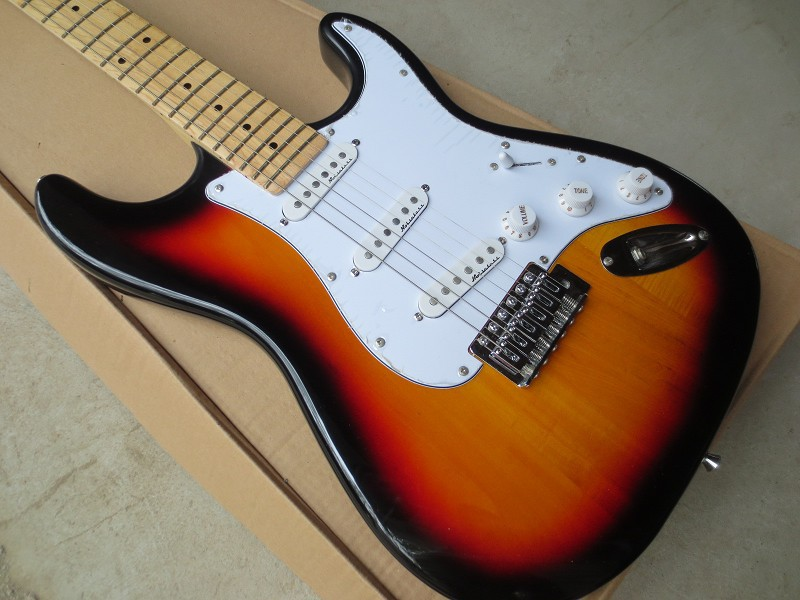 2015 Chinese Factory Custom New stratocaster 6 Strings sunburst stratocaster electric guitar Free Shipping in stock 917 . free shipping chinese factory custom 2015 100