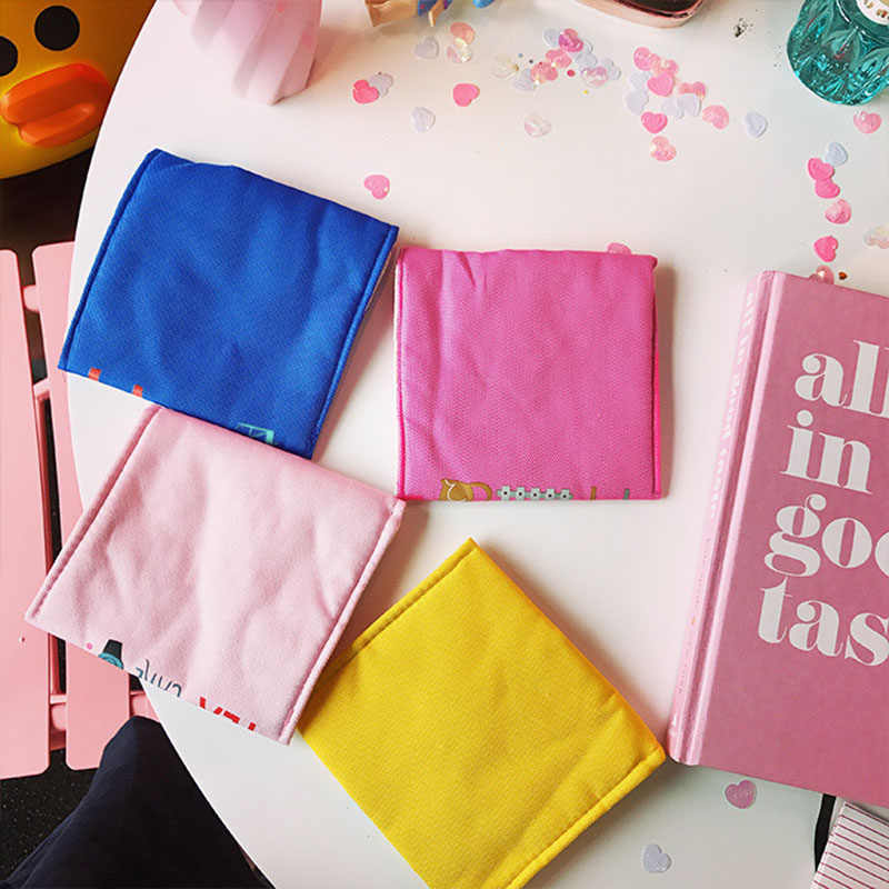1 pc Coin Purse Bonito Dos Desenhos Animados Cotton Linen Bolsa de Cartão de Crédito saco modess Multifuncional saco pequeno de armazenamento Organizador de Jóias