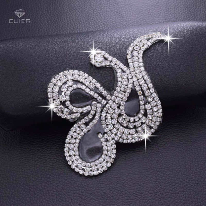 Wholesale 30pcs DIY Clothing Patches Silver Plated Iron on Shiny Rhinestone Appliques Hot fix Bridal Dress