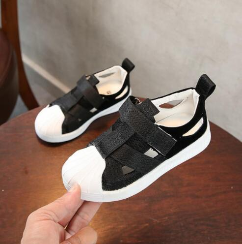 Kids Summer Breathable Air Mesh Sandals Shoes Boys Girls Retro Cloesd Toe Beach Sandals children Cut-Outs Sandals