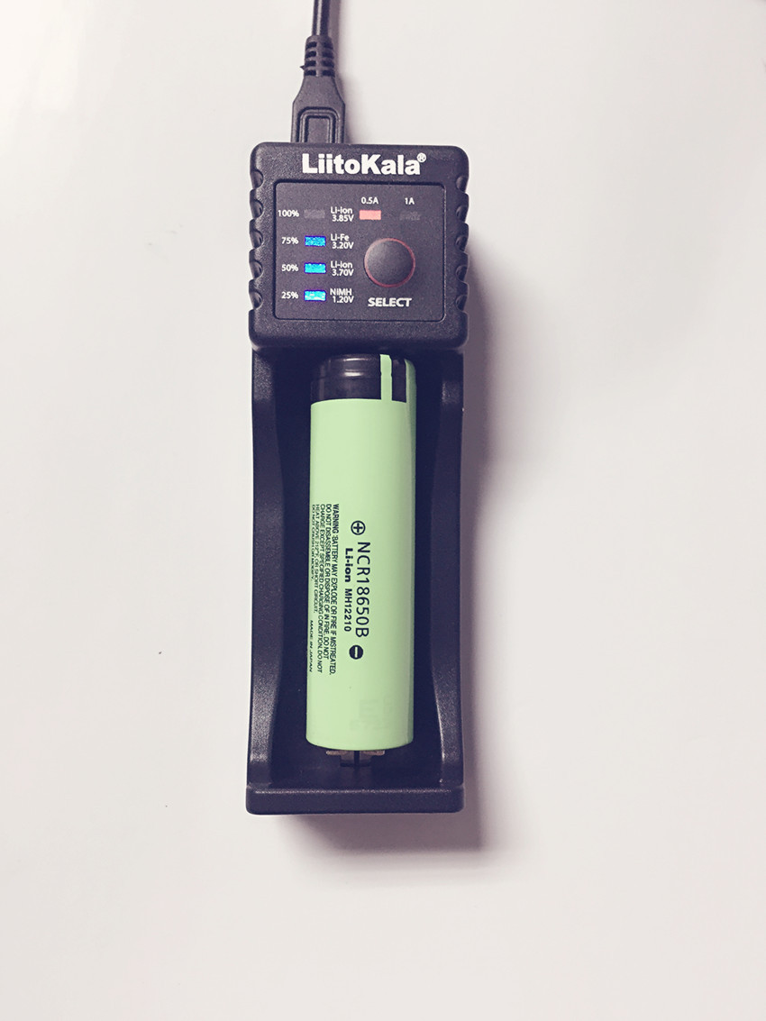 2017 Liitokala Lii-100 1.2/ 3 / 3.7 / 4.25 18650/26650/18350/16340/18500 / AA / AAA battery charger for Panasonic lii100+3400mAh
