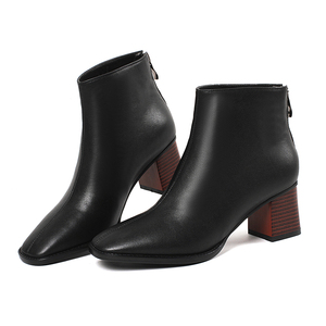 Image 4 - النساء الأحذية حار امرأة جلد البقر جلد طبيعي حجم كبير أوروبا والولايات المتحدة أحذية بوت قصيرة الموضة اليدوية كعب 5.5 سنتيمتر