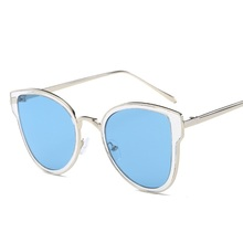 New Cat Eye Sunglasses Female  Brand Designer Vintage Sun glasses For Women Fashion Style  Outdoor-sports Men and Women glasses