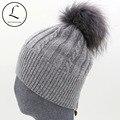 Mulheres inverno Chapéus Com Zíper Listrado Gorros Chapéu das Mulheres de Malha de Lã Skullies Casual Knit Hat Com Big Raccoon Fur Pom Pom Chapéu
