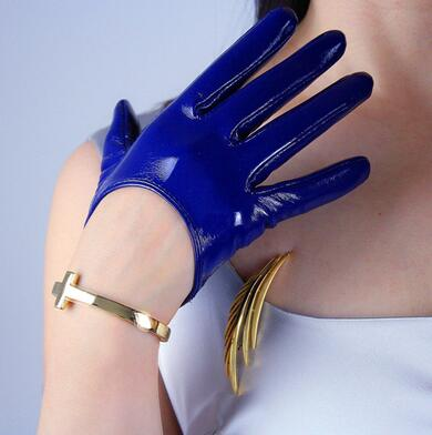 Women'a Fashion Shiny Leather Short Style Driving Glove Lady's Patent Pu Leather Sexy Performace Cosplay Glove R611