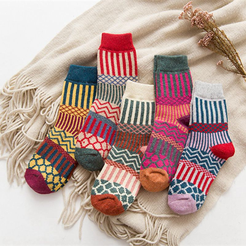 1 Pair Womens Wool Cashmere Warm Soft Sock Ladies Thicked Casual Multicolor Autumn Winter Striped Socks Classical KYY8610