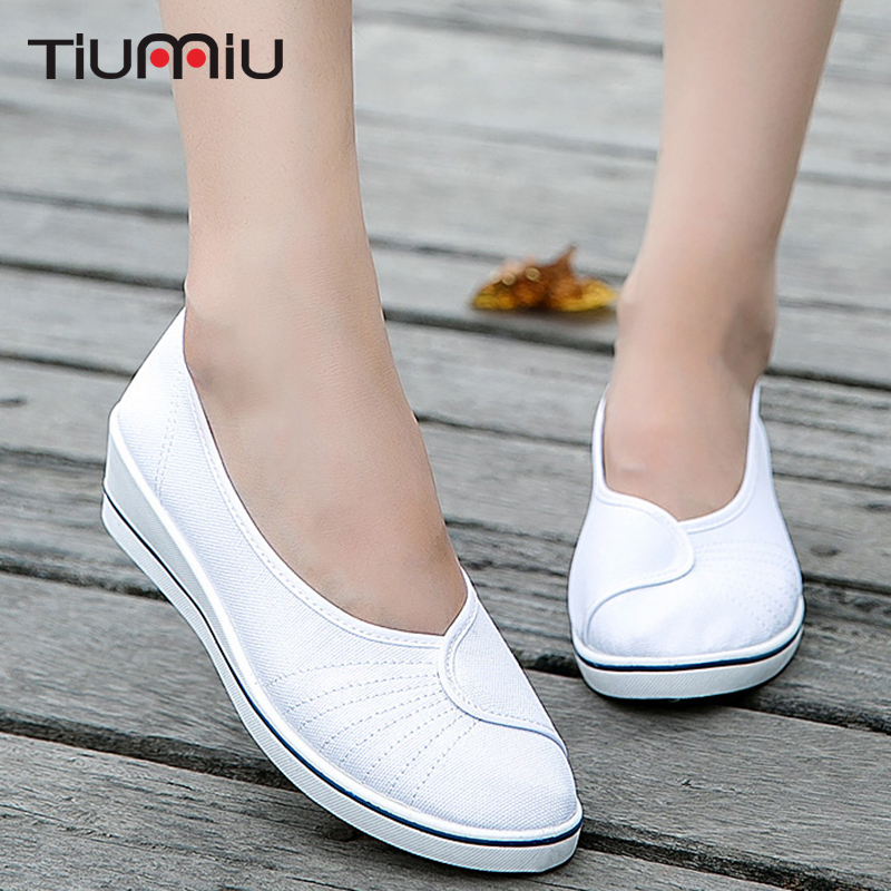 Women Nurse Shoes Comfortable Female Medical Shoes Summer Hospital Soft Bottom Wedge Anti-Slip Doctor Nurses Footwear Work Shoes