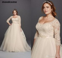 Plus Size 2018 Charming Wedding Dresses Long Sleeves Lace Sweetheart Covered Button Floor Length Princess Fashion Bridal Gowns