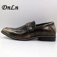 Tamanho 38-43 Homens Sapatos de Couro Deslizamento Em Sapatas Pretas Elevador Mocassins Mens Sapatos Mocassins Sapatos De Grife Italiana D30