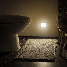 Nuova luce notturna sensore di movimento intelligente lampada DA notte a LED lampada DA comodino WC a batteria per corridoio corridoio WC DA