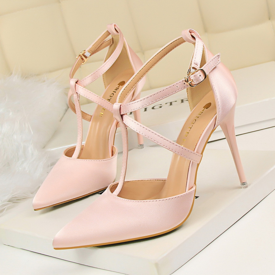 52ef7907ea7 Bigtree Shoes Super Thin High Heels Sale Red Bottom High Heel Pumps  Designers Sexy Wedding Zapatos Mujer Tacon Bigtree Shoes -in Women s Pumps  from Shoes on ...