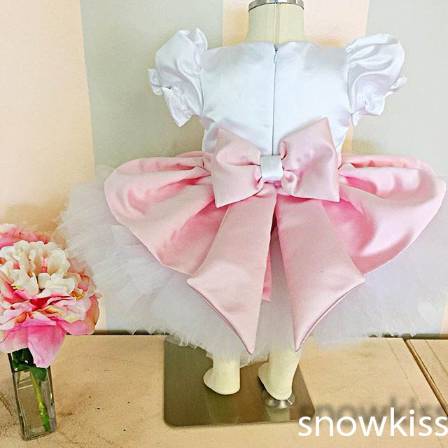 2017 New white/ivory cute flower girl dresses with bow kids mini satin ball gowns for birthday occasion toddler tutu puffy dress 4pcs new for ball uff bes m18mg noc80b s04g
