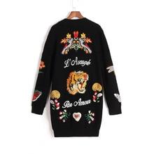 Runway kobiety haft tygrys kurtka kobiety czarny długi sweter rozpinane 2020 zima rocznika Jumper płaszcz boże narodzenie