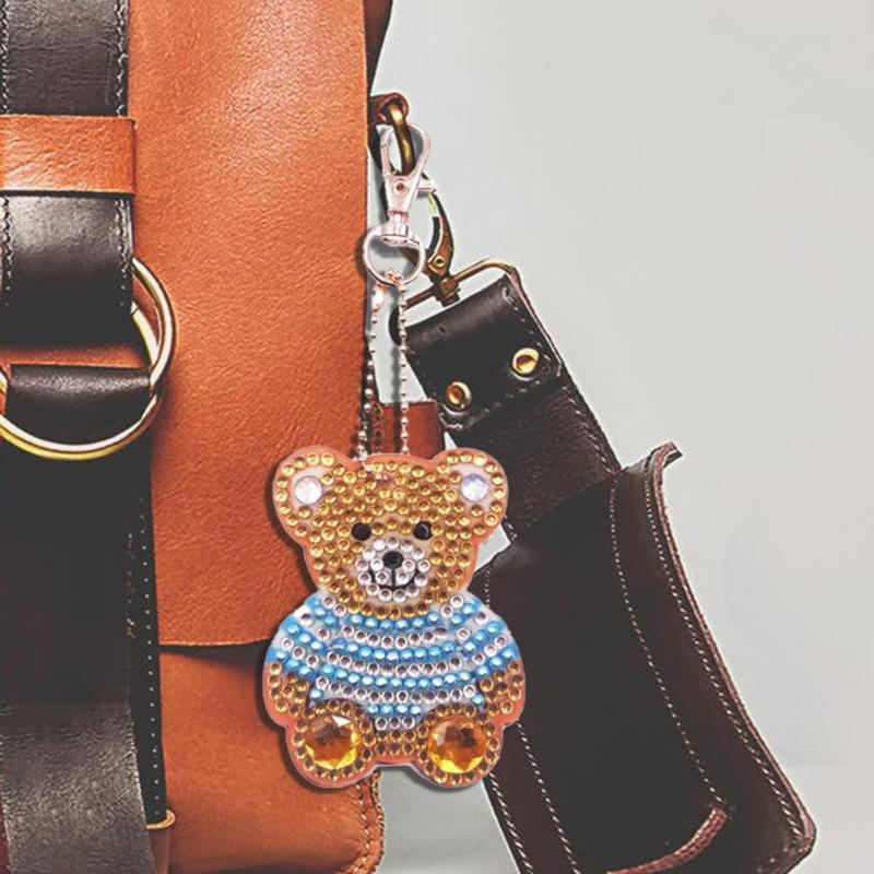 4Pcs/set Newest Cute DIY Diamond Key Ring Bear Shape Keyring Decor Hanging Kit for Girls Women Handbags Drop Shipping