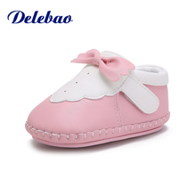 Delebao 2018 Autumn New Design Baby Shoes Soft Sole Pu Material Hook & Loop Toddler Unique Butterfly-knot First Walkers