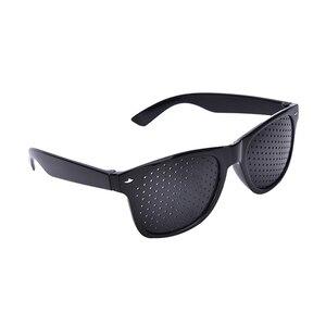 Image 4 - ใหม่มาถึงสีดำ Unisex Vision Care PIN Hole ตาการออกกำลังกายแว่นตา Hole แว่นตาสายตาปรับปรุงพลาสติกมีหูคุณภาพ