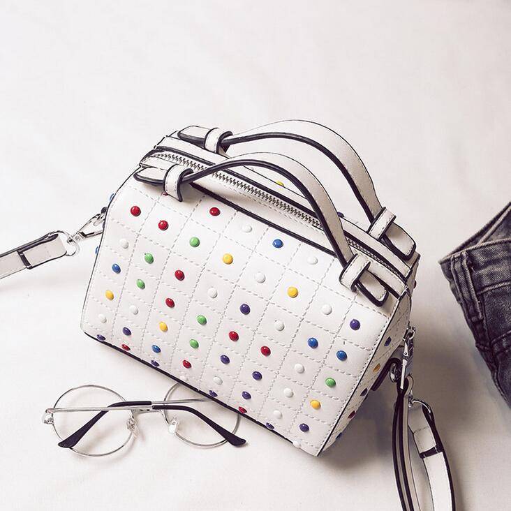 British Fashion New Women Handbags 2017 High quality PU Leather Women bag Hit color Rivets Boston bag Shoulder Messenger Bag