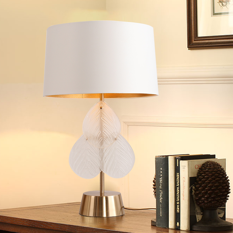 Three Pieces Of White Glass Leaves Lamp Bedside Table Lamp Modern Metal Bedroom Table Lamps For Living Room Novelty Desk Lamps все цены
