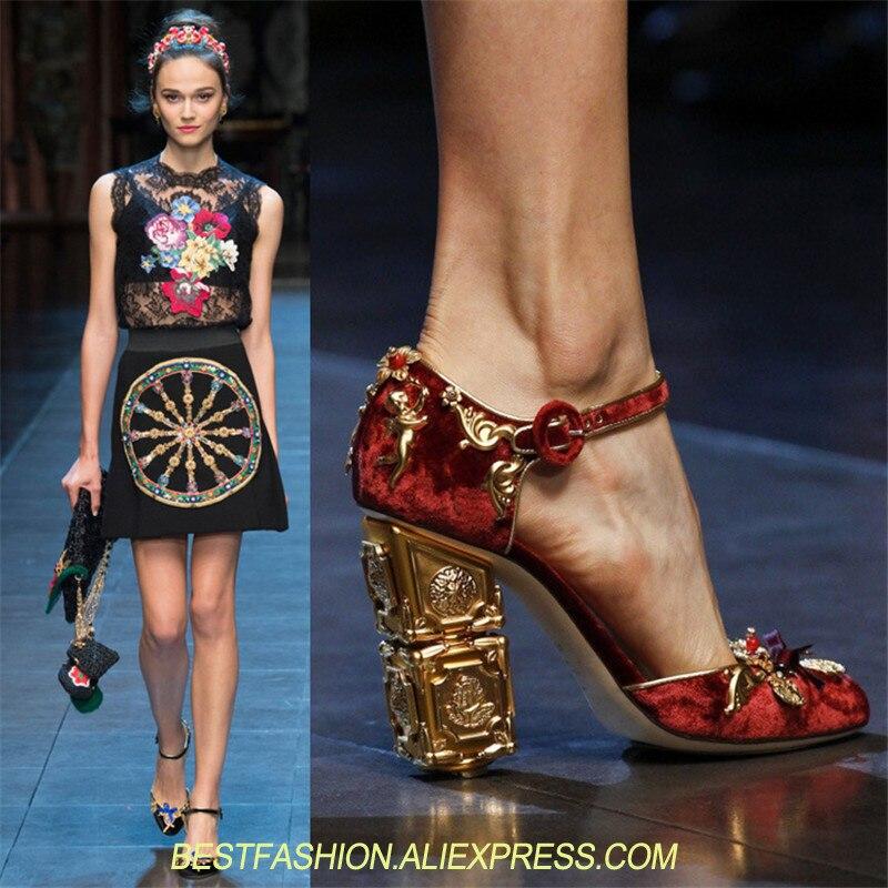 Обувь для подиума 2018 Золотой обуви на каблуках острый носок цветочный роскошный дизайн на высоком каблуке под платье женские свадебные туф
