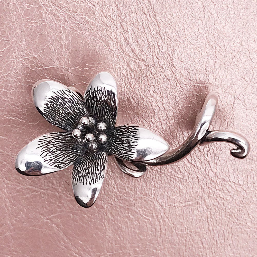 925 Sterling Silver Flower Troll Anemone Pendant Fit Charm European Diy Beads Bracelet Necklace authentic 925 sterling silver charm beads shadow petals compatible fit troll european brand diy bracelet jewelry gift for woman