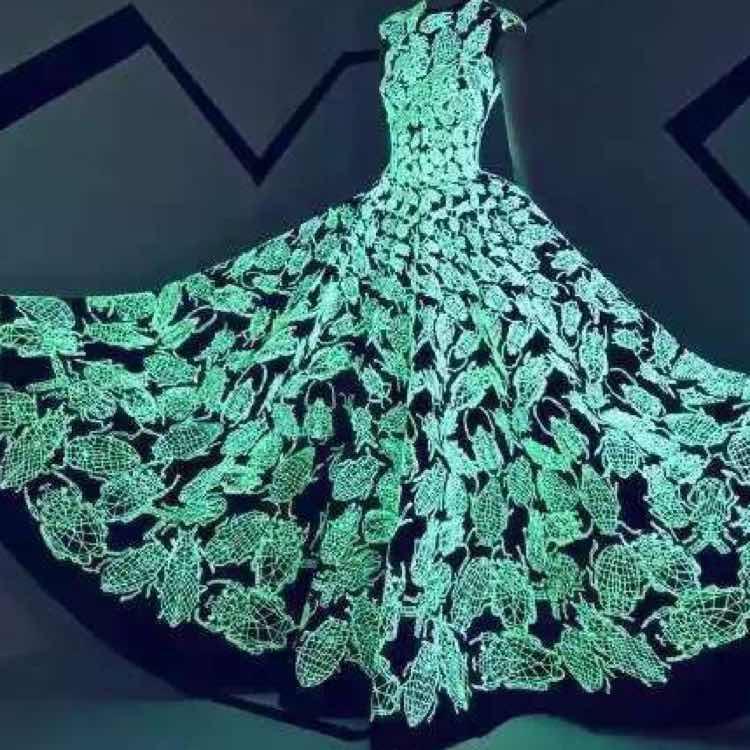 Glow In The Dark Machine Sewing Embroidery Thread 1000y Each Spool