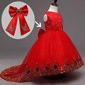 Vestido de Dama de honra Da Menina de flor Crianças Malha Vermelha Arrastando Borboleta Meninas Vestido Crianças vestido de Baile vestido de Casamento Bordado Vestido de Festa Arco