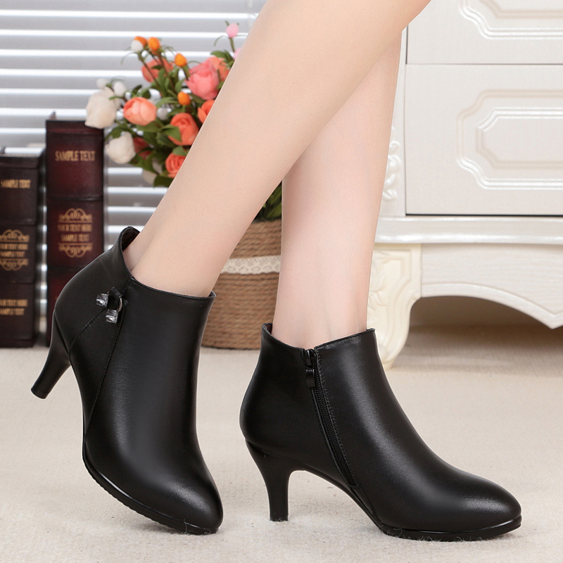 ФОТО Fall / Winter new genuine leather women boots, pointed high-heeled ankle boots velvet leather boots, high-quality Martin boots
