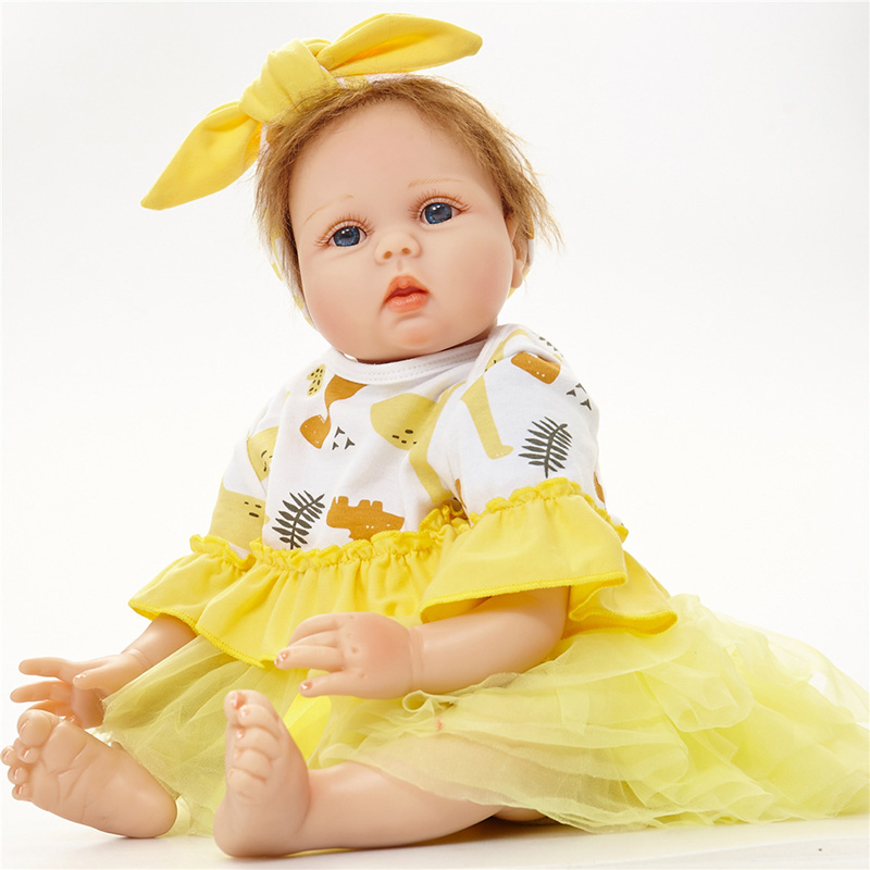 цена Baby Reborn Dolls with Dress Doll Clothes Bonecas Bebe Reborn de Silicone Adora Dolls American Girls SB5585 Gifts Kids Soft Toys