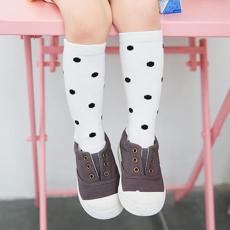 New-autumn-socks-Kids-Long-Socks-Knee-High-toddler-Girls-Boot-Sock-Leg-Warmer-Cute-Dot-Black-baby-Cotton-Sock-for-baby-girls-4