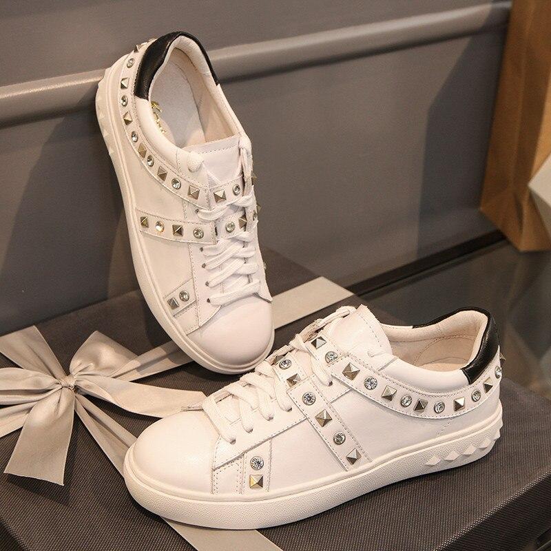 As Cuir Femme Tenis Cristal Mujer Zapatos De Chaussures Rivets Lacent Mocassins Pic 2018 En Souple Blanc Richelieus Piste Feminino Sneakers Appartements qtxxZ4Ww1H