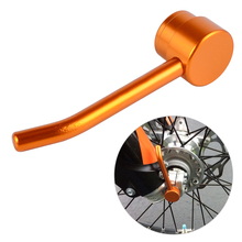 цена на 22mm Front Axle Puller Removal Tool For KTM 125 200 250 300 350 400 450 500 EXC EXCF SX SXF XC XCW XCF 2016 2017 2018 2019