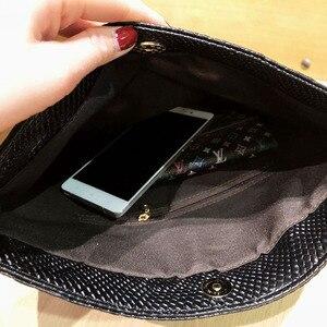 Image 5 - Xmessun Serpentine Clutch Bag Voor Lady Vrouwen Handtas Mode Envelop Tas Feestavond Clutch Tassen Zwart Portemonnee Dag Clutch f47