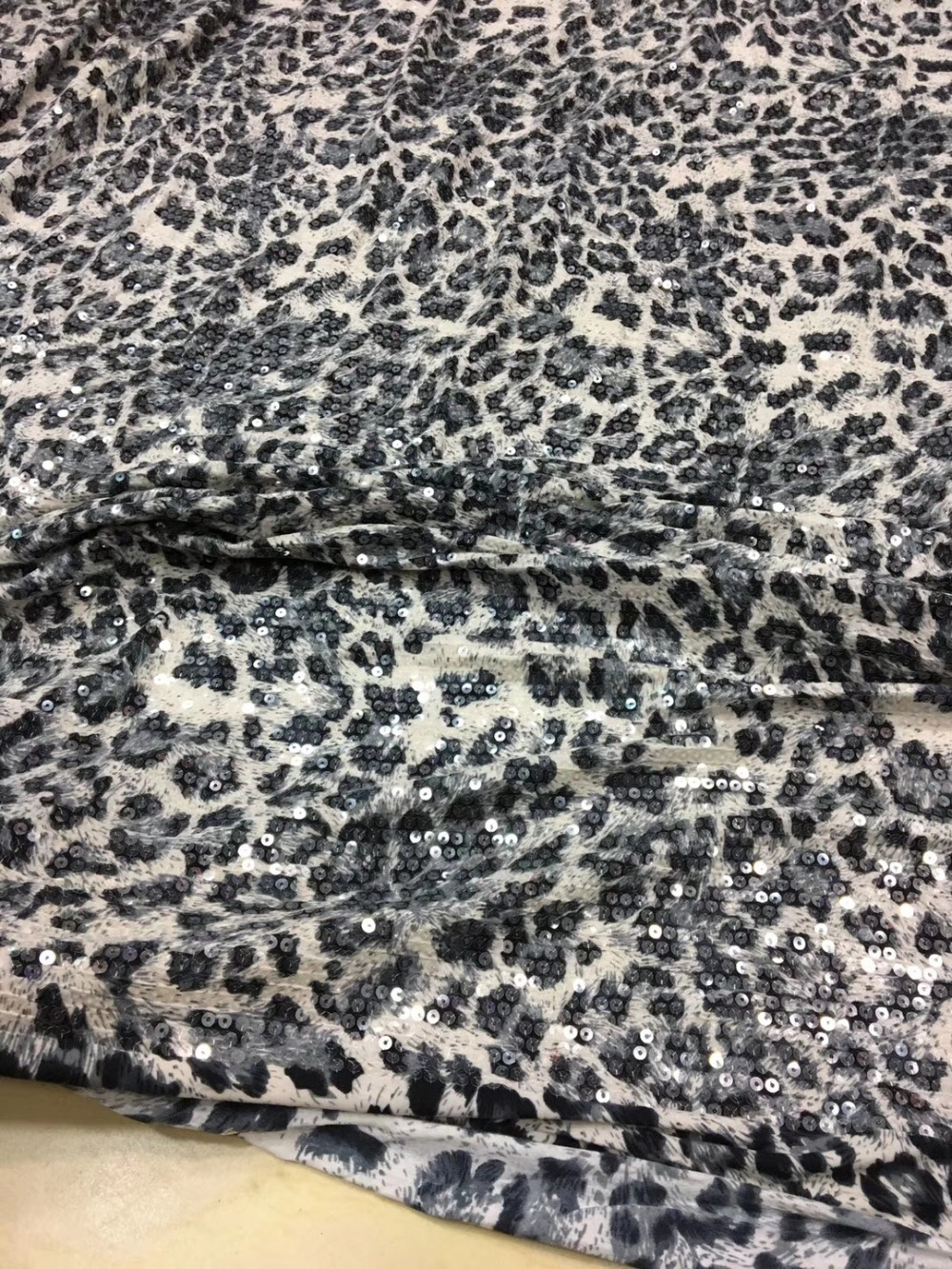 5yards fashion Leopard Print lace fabric 3mm sequins on mesh embroidery lacefor evening dress lace fabric