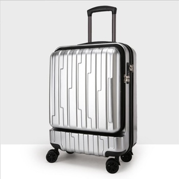Spinner Pocket Rolling Luggage 1