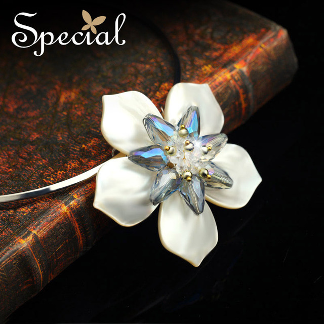 Especial nueva moda collar llamativo conchas marinas naturales collar de gargantilla flor de la joyería fina regalos para las niñas mujeres XL150517