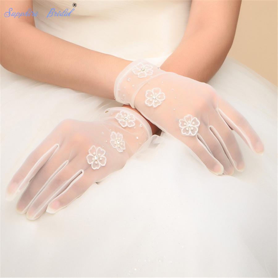 Sapphire Bridal Short Finger Gloves For Brides Prom Party 2019 New Dance flower Gloves Semi Sheer Tulle Wrist Length TECH Touch