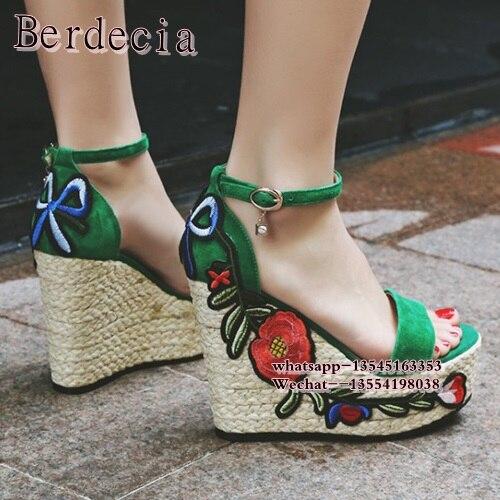 все цены на 2017 Summer new knitted wedge heel sandals embroidered rose flowers charming height increasing platform sandal woman heels
