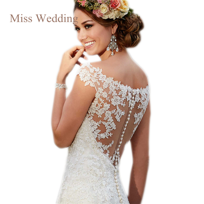 Luxury lace cap sleeve wedding dress gorgeous scoop for Lace cap sleeve keyhole back wedding dress