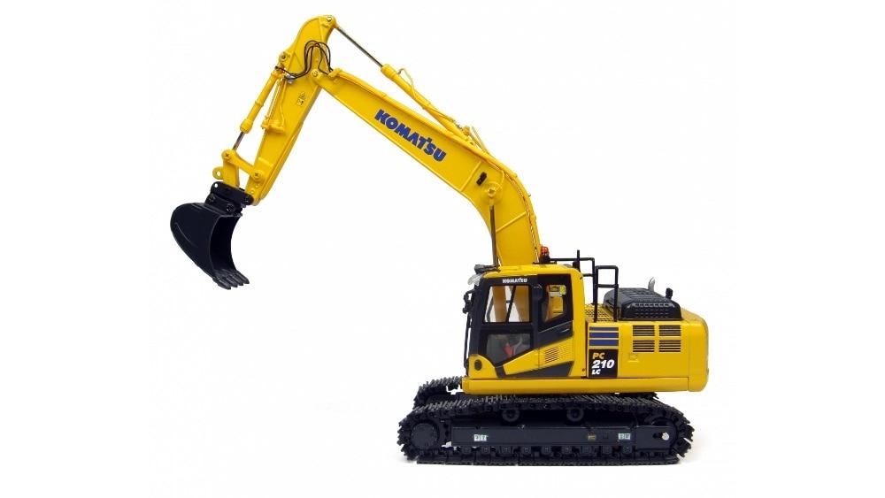 UH 8093 1 50 Komatsu PC210 10 Excavator Toys