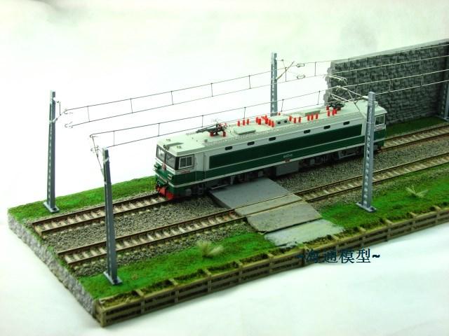 Поезд Ho Масштаб модели миниатюрный песок стол сцена поезд витрина