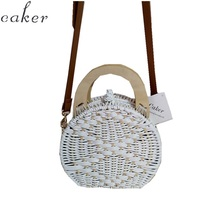 2019 Woman fashion Wooden Handle Rattan Knit Bag Camel white New Straw Shoulder Circle Messenger bag