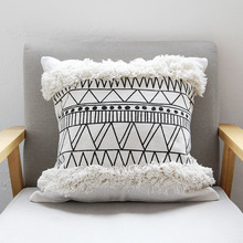 45x45cm Cojines Decorativos Para Morocco Geometric Black and White Tufted Tassel Pillowcase Christmas Pillow Case цена в Москве и Питере