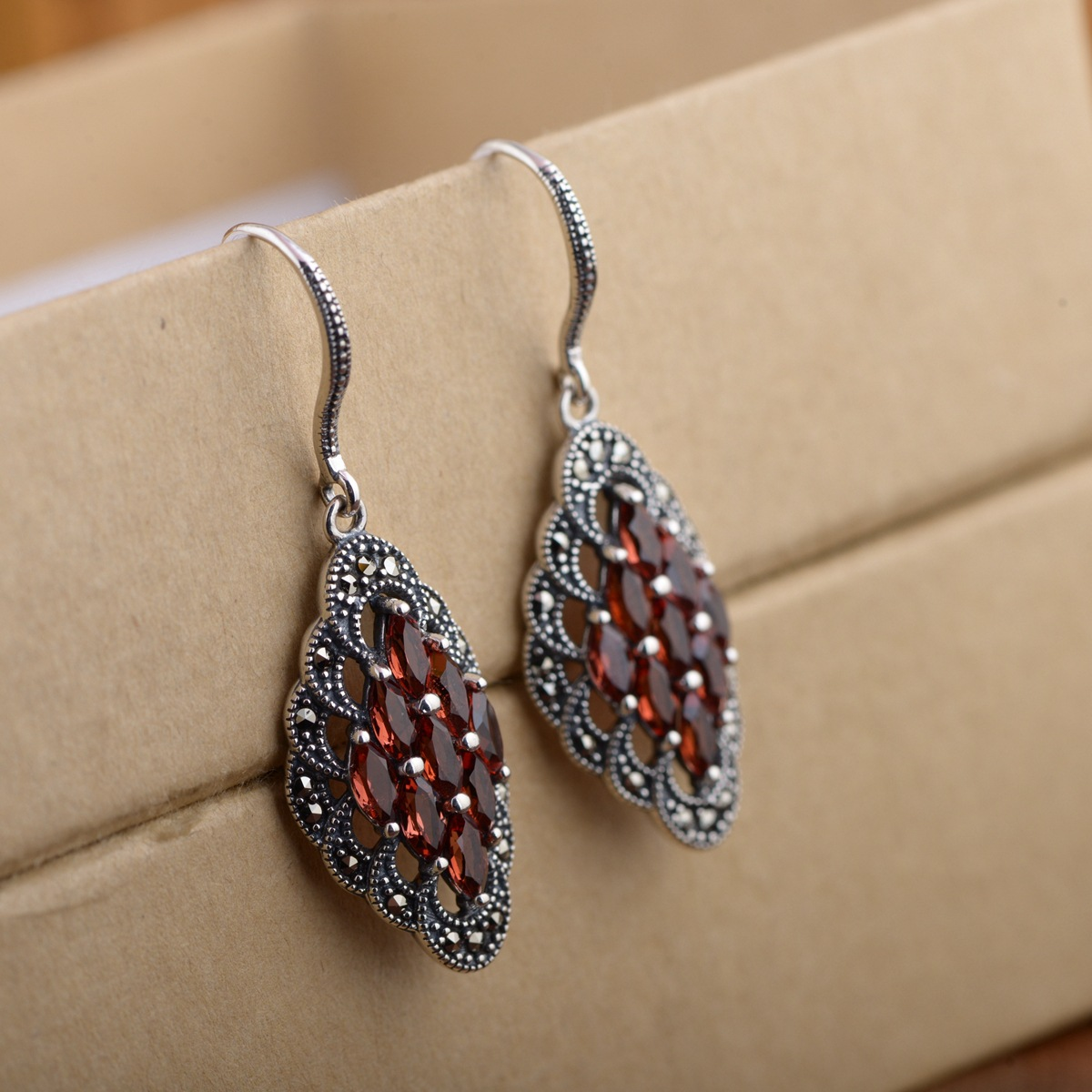 Guarantee 925 Sterling Silver Drop Earrings For Women Inlaid Natural Garnet Red Stone Vintage Jewelry Brincos 2017