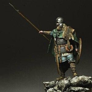 Image 2 - Kit de resina Viking Spearman, figura GK, temas históricos y humanísticos, guerra antigua sin recubrimiento, sin color, 1/24