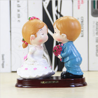 Cute Bride and Groom Wedding Cake Topper Figurines Wedding Gifts Favors Wedding Decoration Cake Accessory