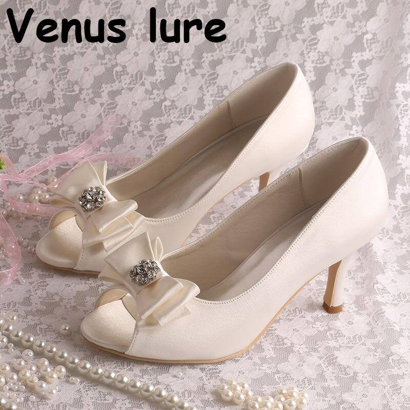 Vente chaude chaussures de demoiselle d'honneur à bout ouvert ivoire Satin dames pompes à arc