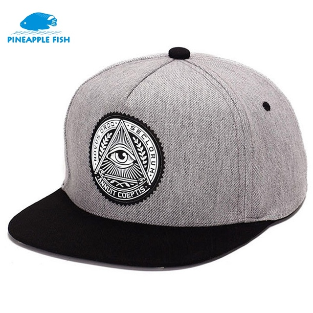 6564908aee95d Moda ronda etiqueta triángulo ojo illuminati snapback capsula mujeres  ajustable ala plana gorra de béisbol jpg
