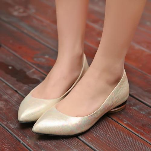 909ab593f2 Zapatos-planos-coloridos-mujeres-pisos-2015-nueva-moda-mujeres-pisos-punta-estrecha-oficina-fiesta-Zapatos-ocasionales.jpg 640x640.jpg