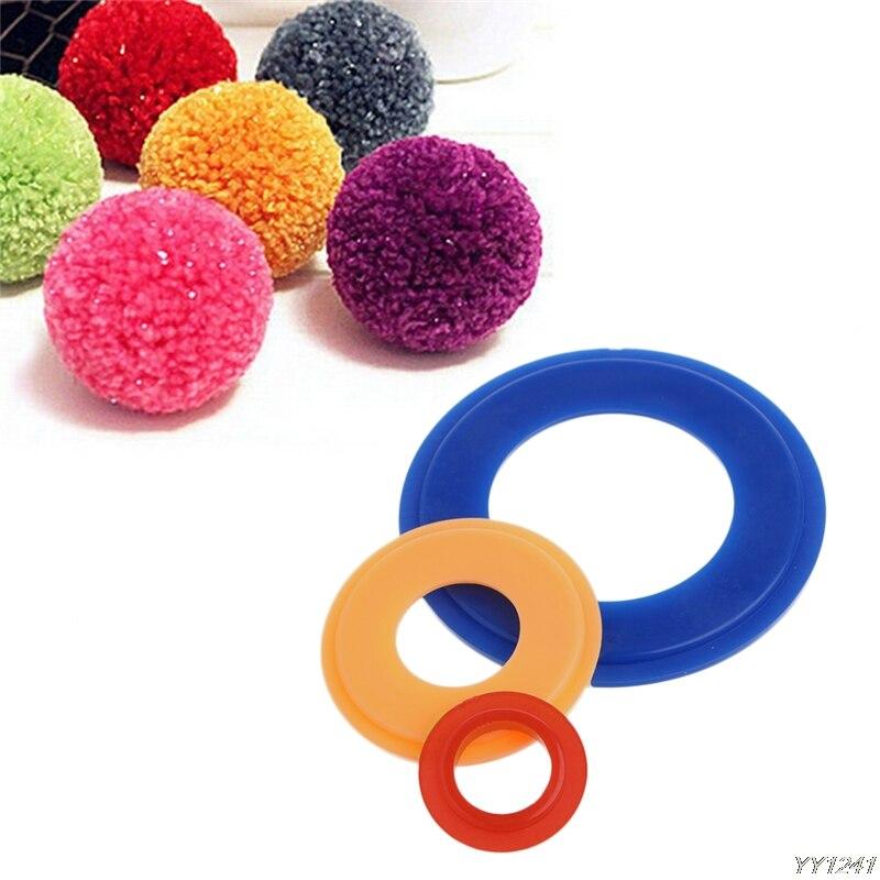 Pompom Maker Fluff Ball Weaver Weaving Knitting Needle Craft DIY Tool 3 Sizes Needlework Random Delivery