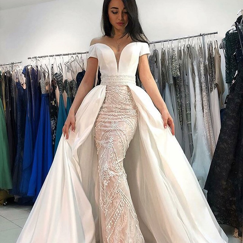 BeryLove Luxury Long White Wedding Dress With Sleeves 2019